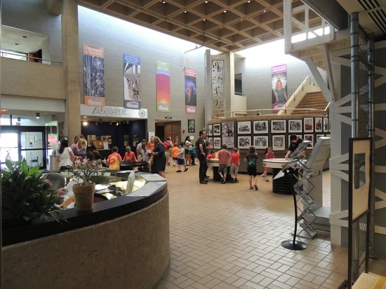American Museum of Science & Energy : main lobby