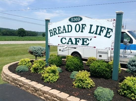 Bread of Life Cafe: Look for the SIGN. 16 mi N of Russell Spings, 6 mi S of Liberty