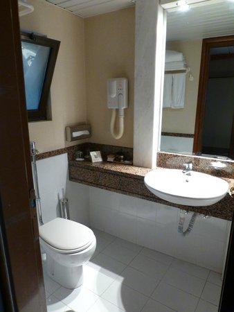 Golden Age Hotel Athens: bathroom