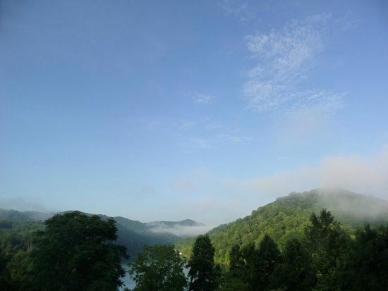 Buckhorn Lake State Resort: Morning view from a Buckhorn Lodge balcony
