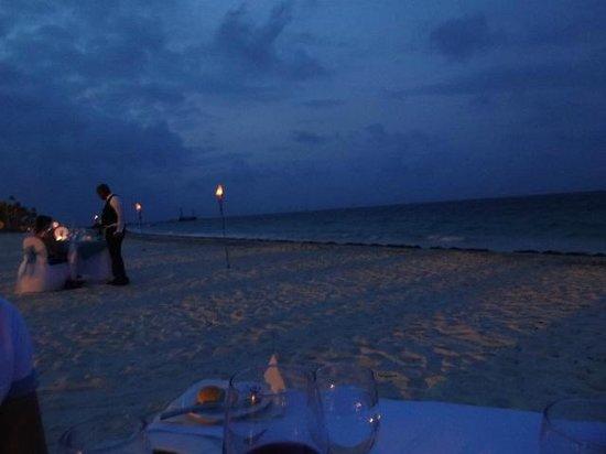 Secrets Royal Beach Punta Cana: romantic dining on beach