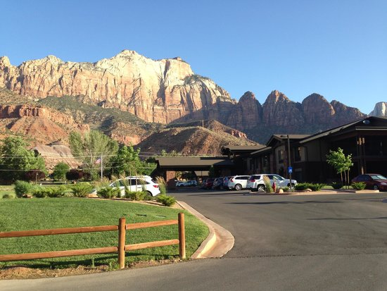 Hampton Inn & Suites Springdale Zion National Park: Great stay!