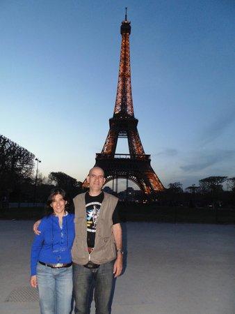 Timhotel Paris XVII Bd Berthier: Torre Eiffel.