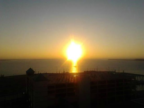 Golden Nugget Biloxi: great sunrise from my room...