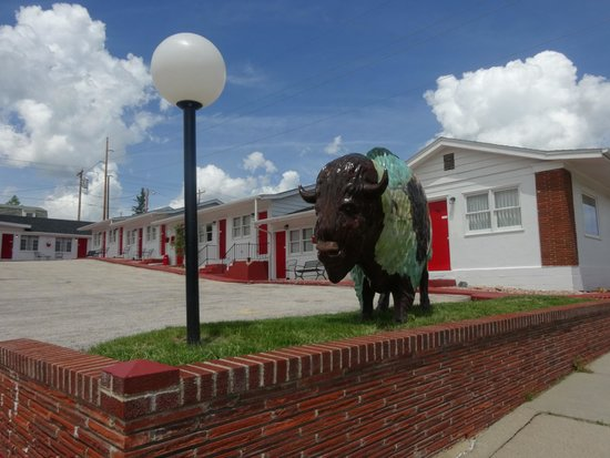 Rocket Motel: Entrance to motel