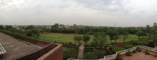 ITC Mughal, Agra : View from the observatory of the Taj Mahal