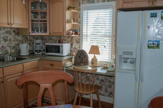 Williams Gate Bed and Breakfast Private Suites: Kitchen