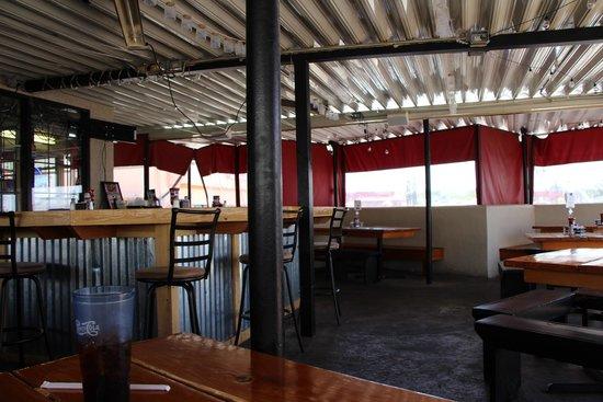 DC's Backyard BBQ: Dining Area