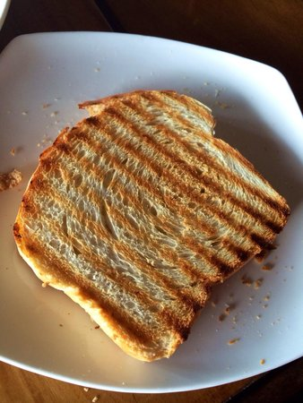 The Verandah Restaurant : Nicely grilled toast with lots of hearts!