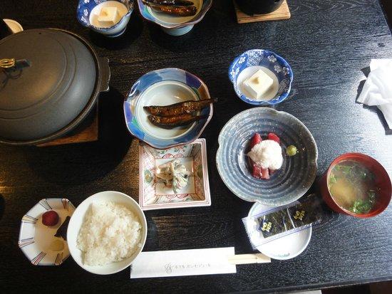 Hotel Bon Sejour: 朝食