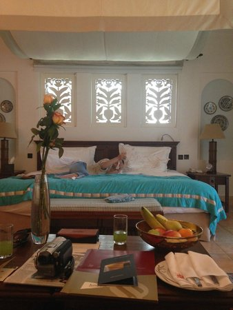 Jumeirah Dar Al Masyaf at Madinat Jumeirah: bed