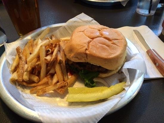 Lumberyard Brewing Company: house burger