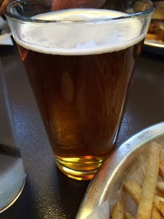 Lumberyard Brewing Company: Red Rock Raspberry ale