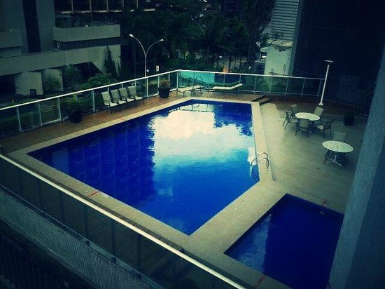 Manhattan Plaza: Piscina do hotel