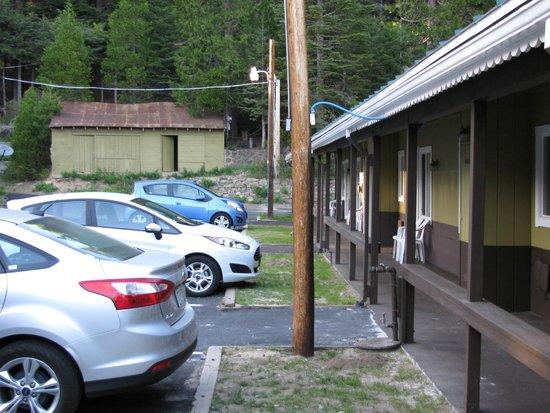 White Chief Mountain Lodge: External view