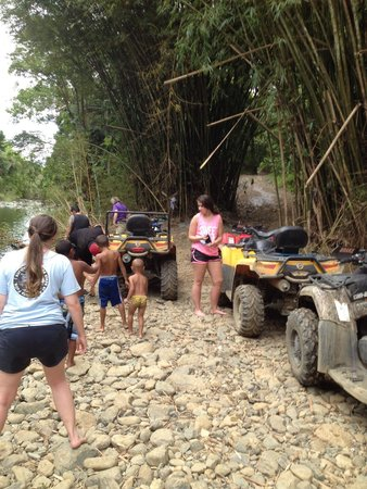 Carabali Rainforest Park : ATV stop at the river