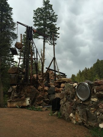 Bishop Castle: Pulley's and more