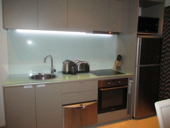 Distinction Wellington, Century City Hotel: Close up kitchen