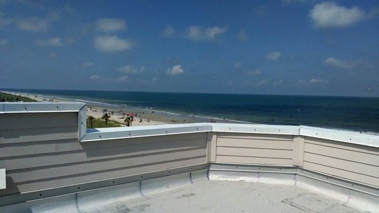 The Seaside Amelia Inn: View from roof deck