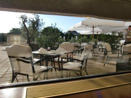Esplanade Zagreb Hotel: 朝食レストランからの眺め