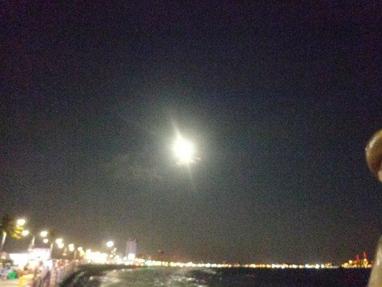 Malecon : luna llena