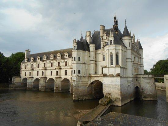 Auberge du Bon Laboureur: The beautiful Chateau Chenanceau