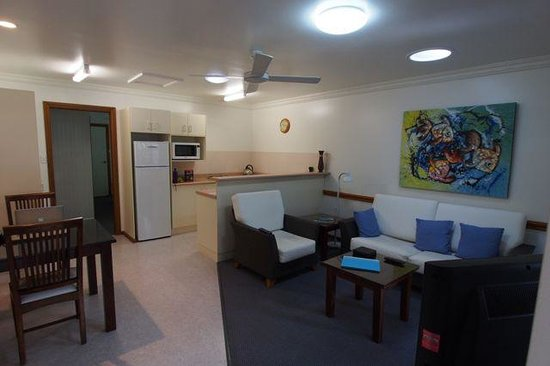 Lorhiti Apartments: Lounge