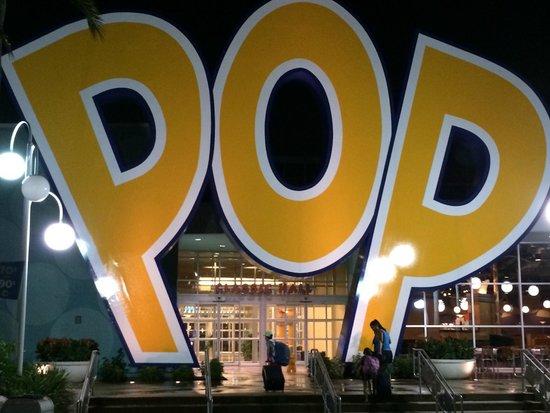 Disney's Pop Century Resort: Big letters