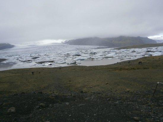 Jökulsárlón: Fog cleared to see the glacier