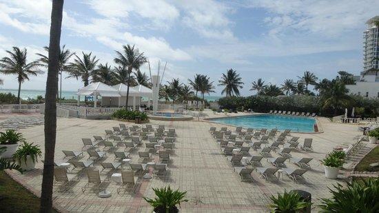 Deauville Beach Resort: Vista do parque aquático
