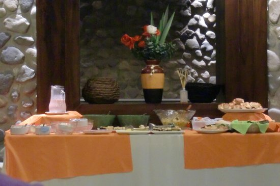 Hotel A.C.A.: Café da mahã - uma parte dele