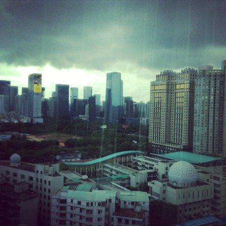 Vienna Hotel Shenzhen Fuhua: 部屋から