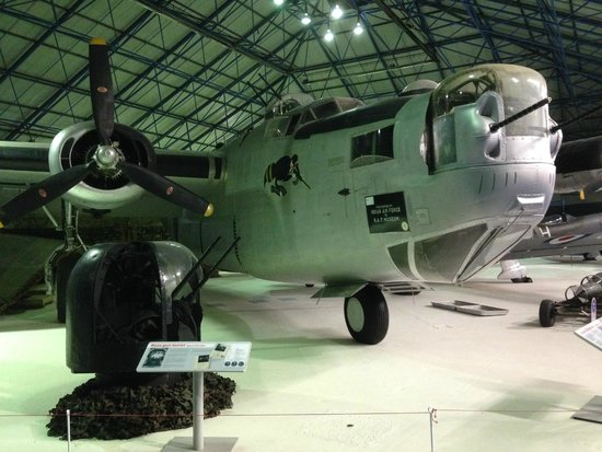 The Royal Air Force Museum London : Plane on display