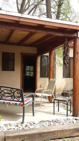 Burch Street Casitas Hotel Downtown: Private back patio
