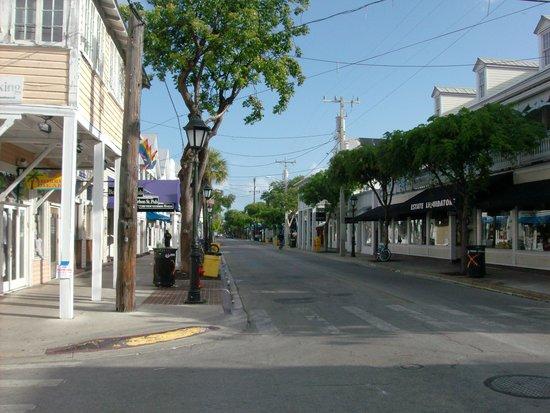 Duval Street: Duval at 830am