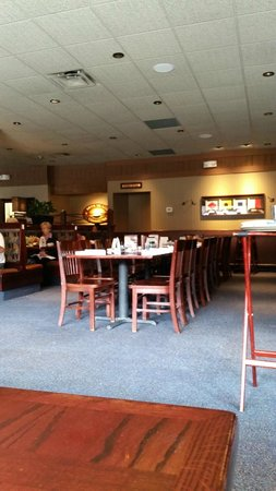 View of the Dining area, Red Lobster  |  1540 Portage Ave, Winnipeg, Manitoba R3G0W9, Canada