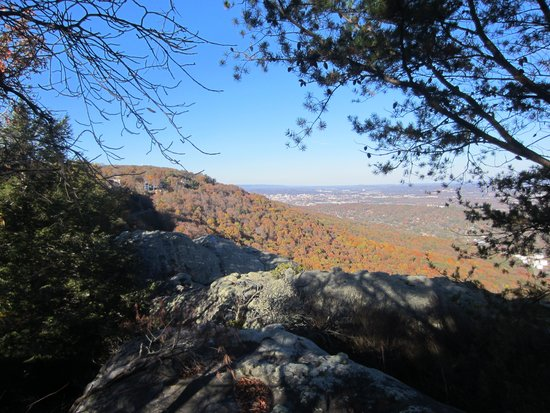 Rock City Gardens: View from lookout mountain