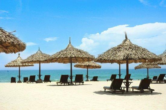 Furama Resort Danang: Furama Beach 1