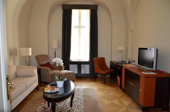 Mandarin Oriental, Prague: Suite do Hotel Mandarin Oriental - Praga