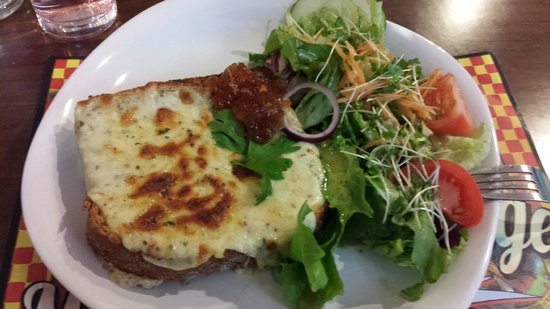 Madame Fromage: Welsh Rarebit