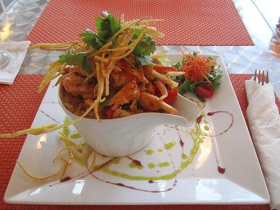 Di Yukas: trifongo de pollo criollo - criollo chicken trifongo