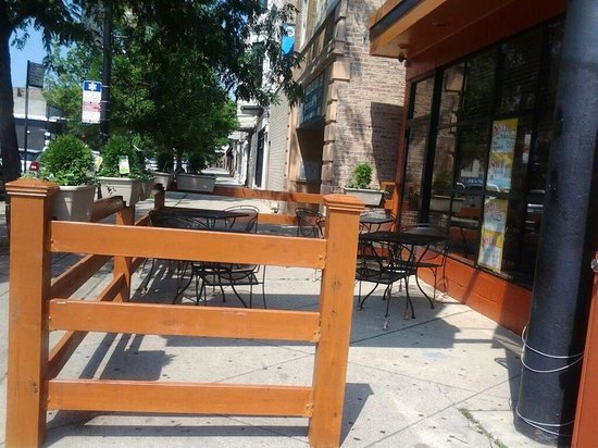 patio picture of guerreros tacos pizza chicago tripadvisor