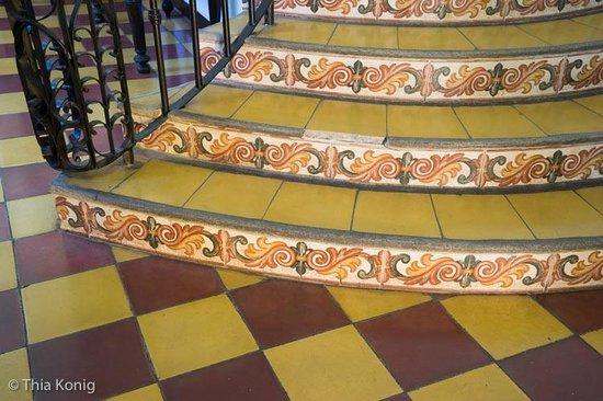 La Gran Francia Hotel y Restaurante: more tile