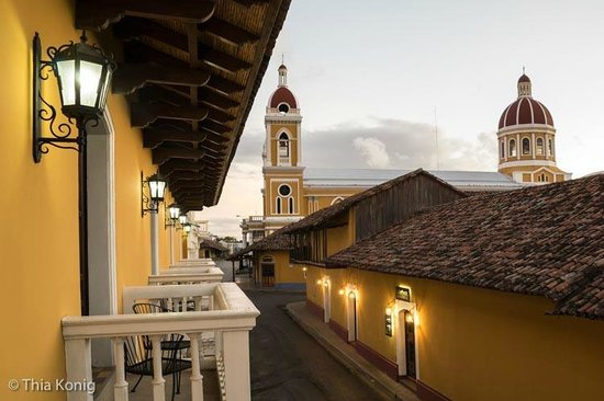 La Gran Francia Hotel y Restaurante: view from my balcony (sunrise)