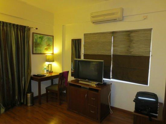 juSTa Off MG Road, Bangalore : Zimmer