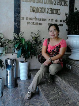 Alagon Western Hotel: at the hotel entrance