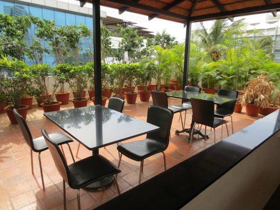 juSTa Off MG Road, Bangalore: Restaurant