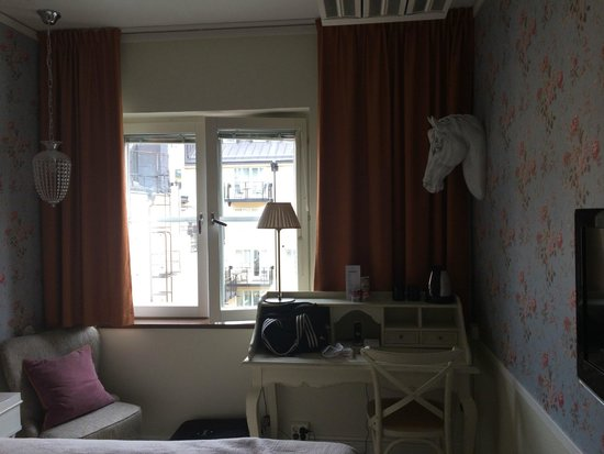 Freys Hotel: Room