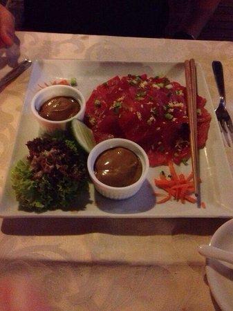 Mayflower: Tuna sashimi