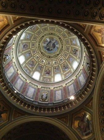 St. Stephen's Basilica (Szent Istvan Bazilika): Cúpula de 96 metros